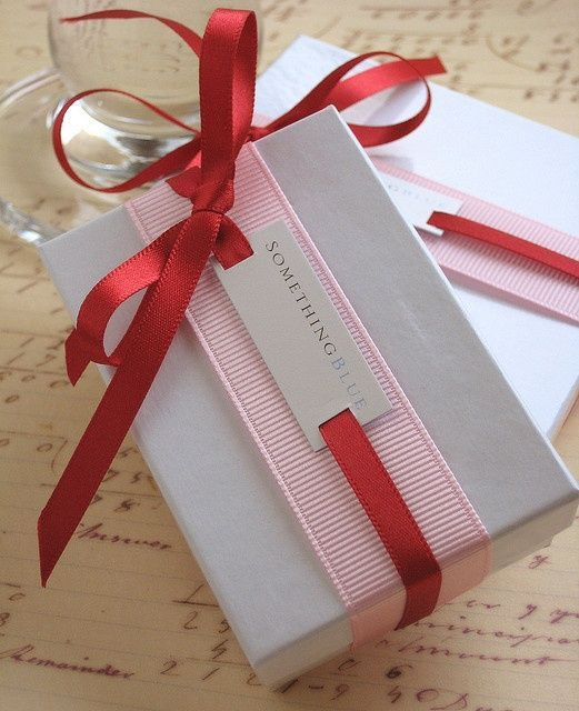 Unique gift wrap ideas - pink and red ribbon