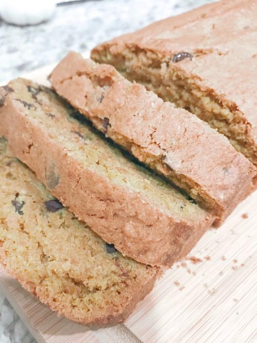 Farmhouseish - Chocolate Chip Pumpkin Bread Recipe