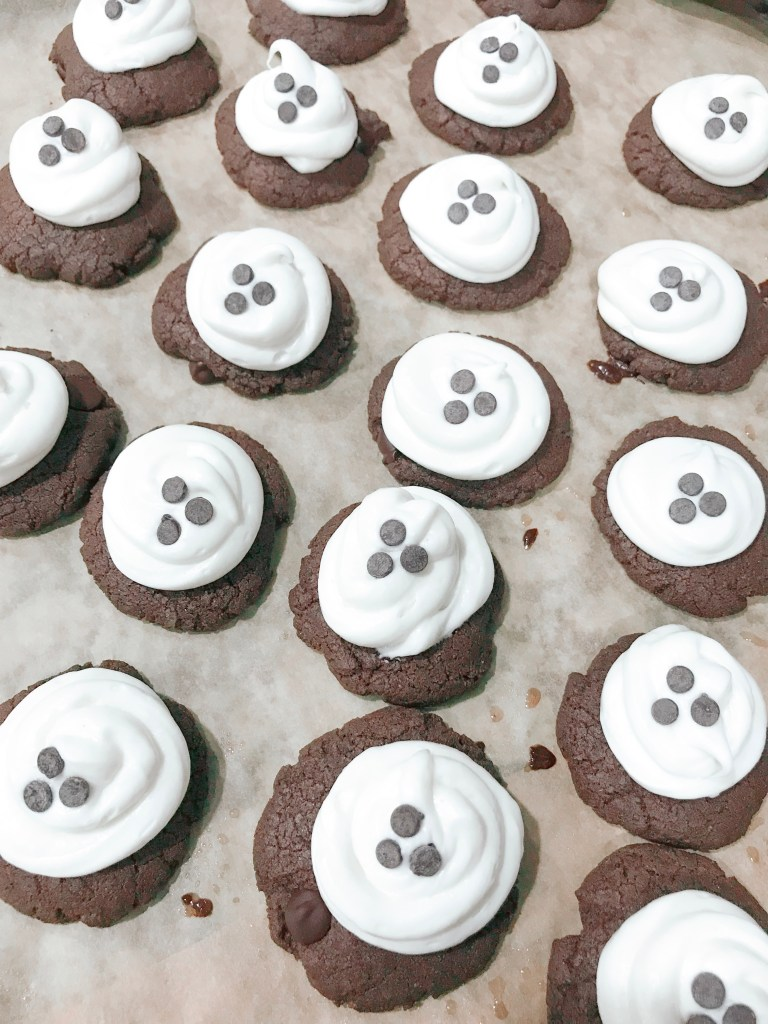 Farmhouseish - Gluten-Free Double Chocolate Chip Ghost Cookie Recipe