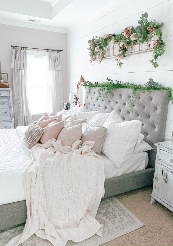 Master Bedroom Design & DIY Round-Up