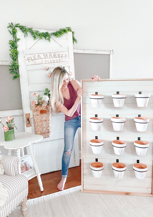 How To Build Your Own Succulent Wall Planter In Just 10 Simple Steps