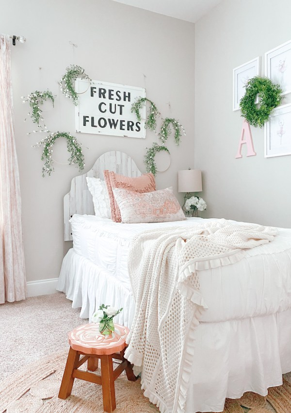 Farmhouse Vintage Girl's Room Decor I'm Loving Right Now (And Using In Our Next Home)