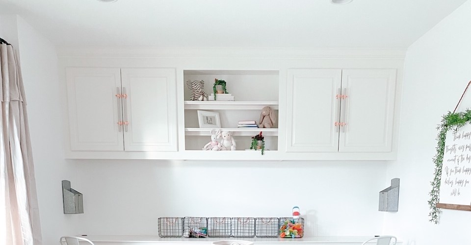 Farmhouseish_DIYCabinetPullPlayroomFeature