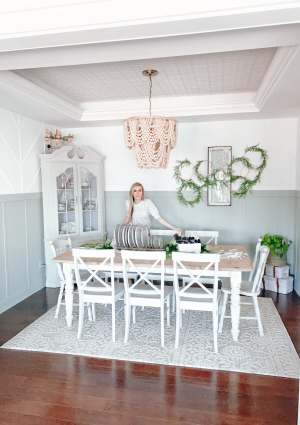 Dining Room Feature Walls – How I Added Character & Design To The Room Without Decor