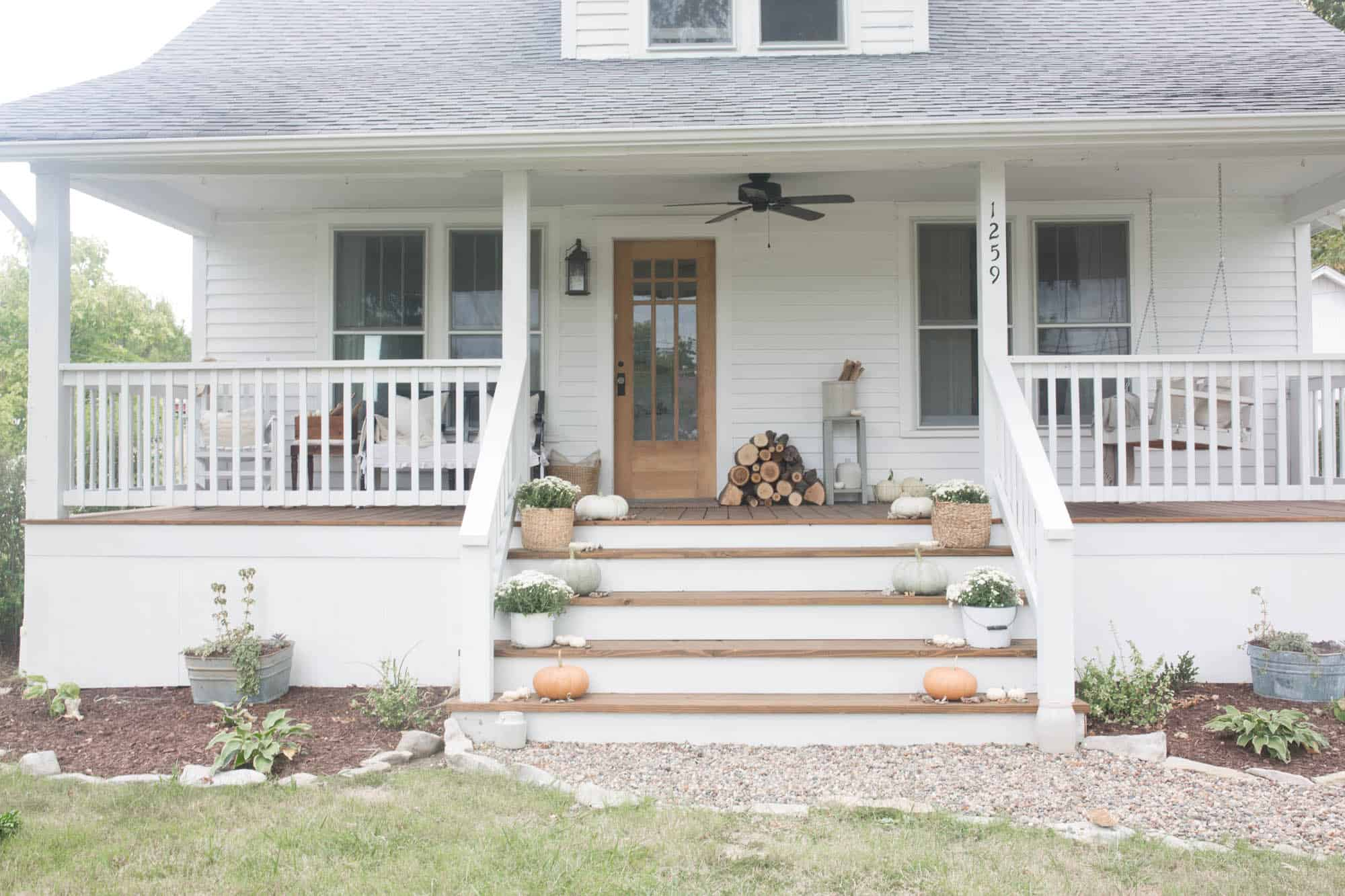 Fall farmhouse front porch 3 farmhouse on boone for Farmhouse front porch pictures