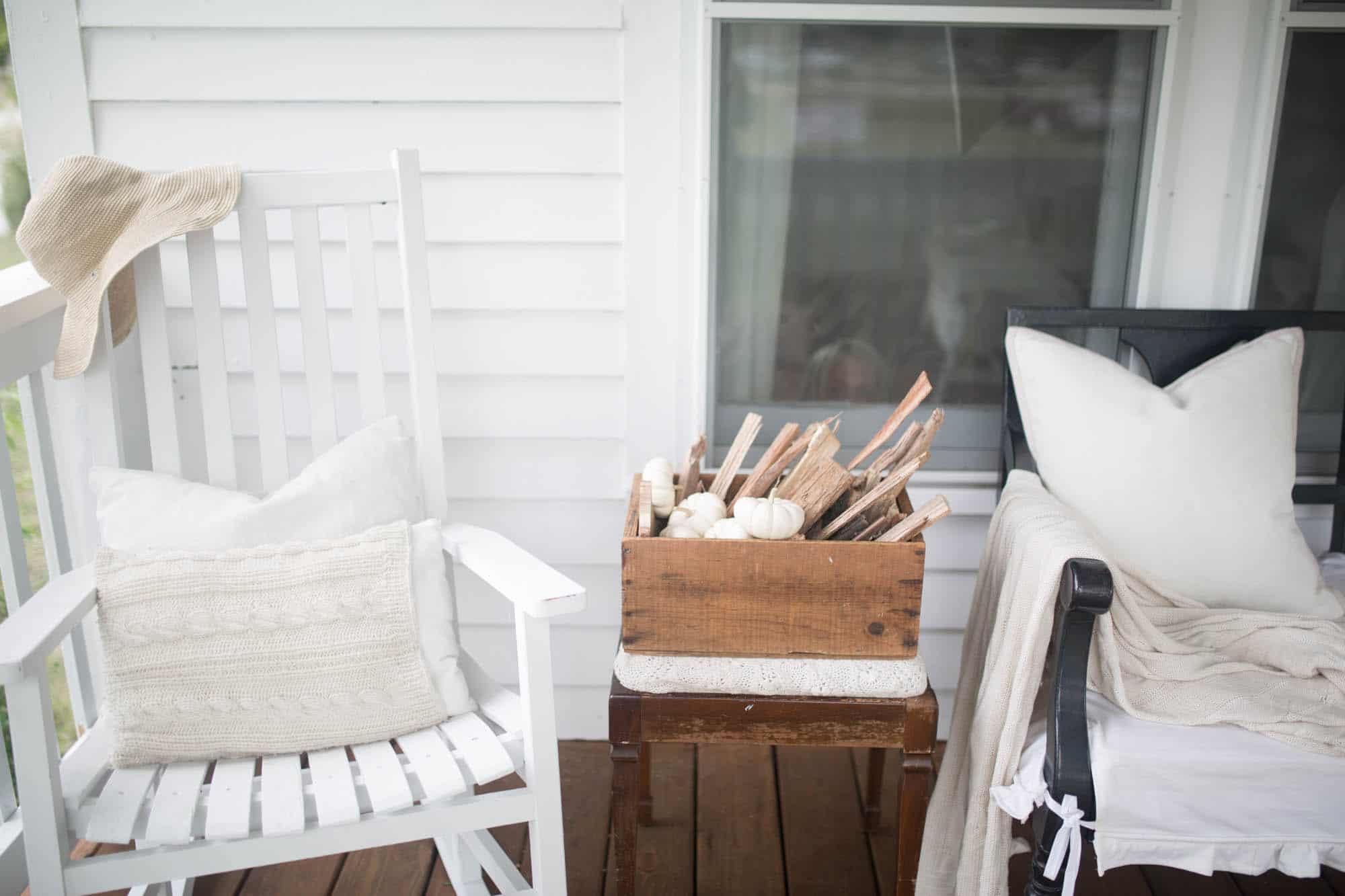 Simple Fall Farmhouse Front Porch