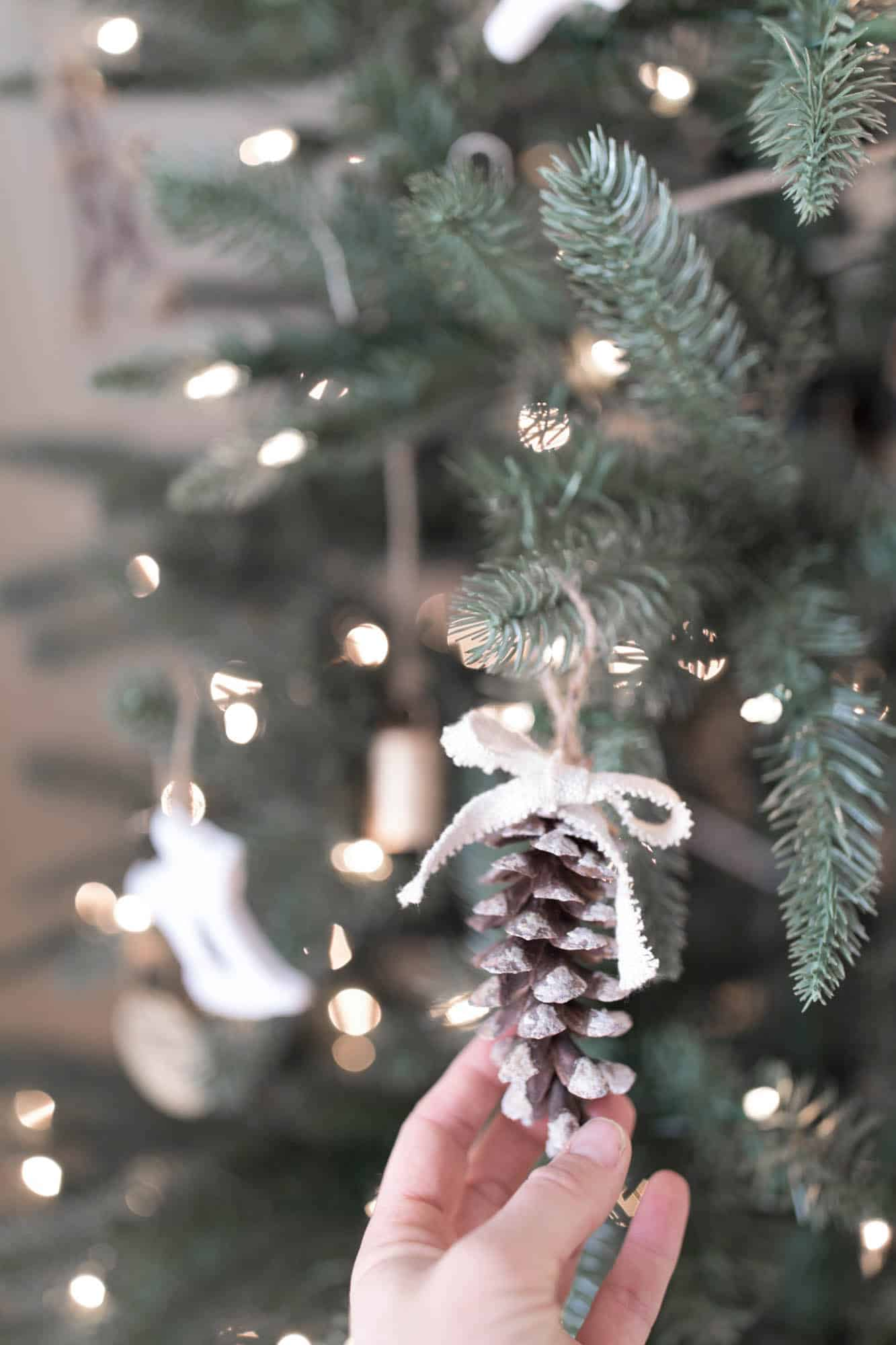 DIY Christmas Decorations- Pine Cone Ornaments