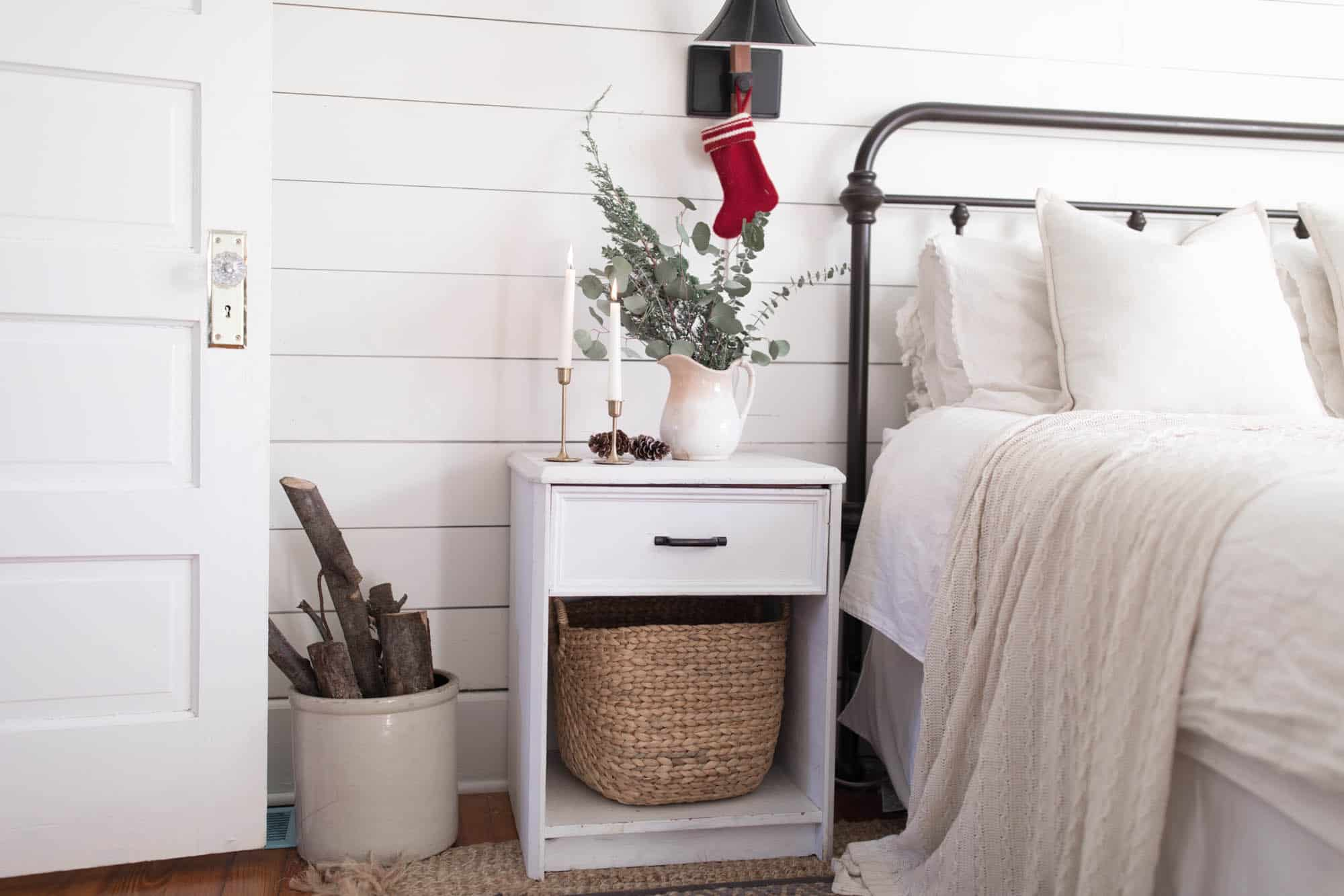 Wood, Greenery, Pine Cones, Candles Natural Christmas Decorations Farmhouse  Bedroom