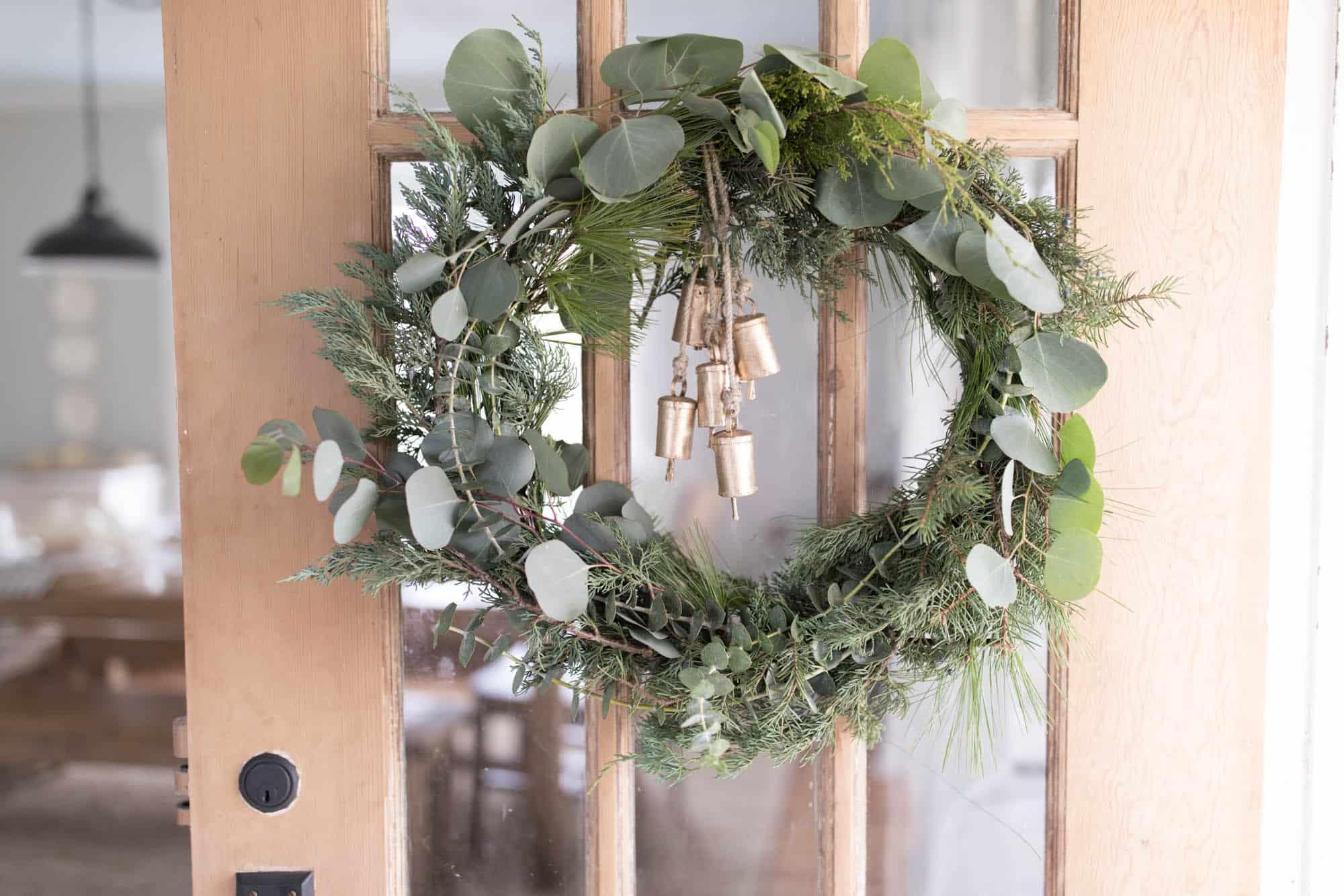 DIY Wreath Christmas- How to Make a Scandinavian Christmas Wreath
