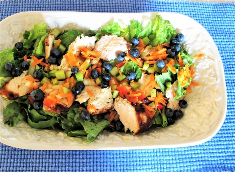 Low Carb Summer Recipes For A Blueberry Chicken Salad And A