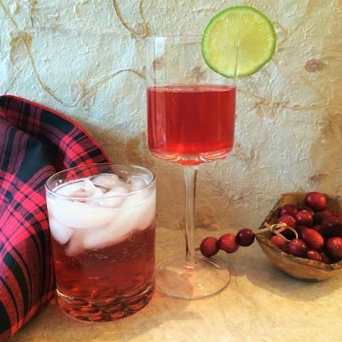 cranberry inspired cocktails and mocktails