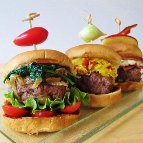 Chow Chow Mini-burgers inspired by Hubert Keller