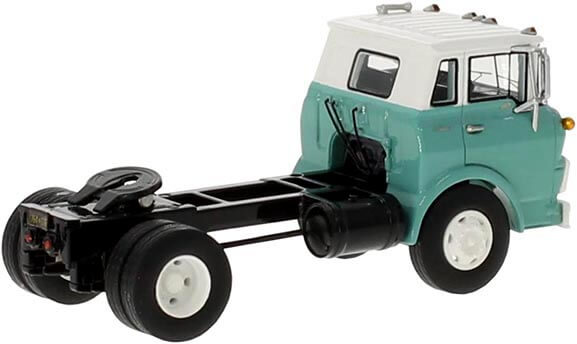 1:64th Scale 1960 Chevrolet Steel Tilt Cab Road Tractor