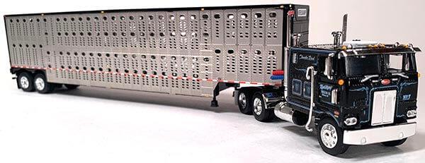 Black Pete 352 with Livestock Trailer Kreilkamp Trucking