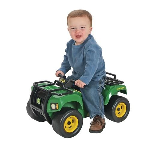 John Deere Sit and Scoot big farm toy
