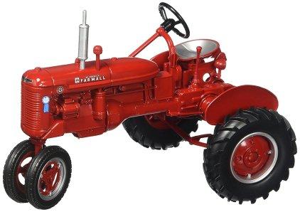 1/16 Farmall tractor