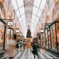 7 Ways to save big this holiday shopping season