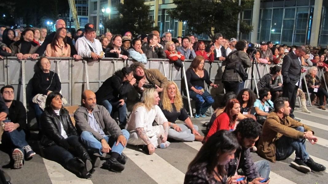 Plateia aguarda show da Virada Cultural do ano passado - Foto: Jotabê Medeiros