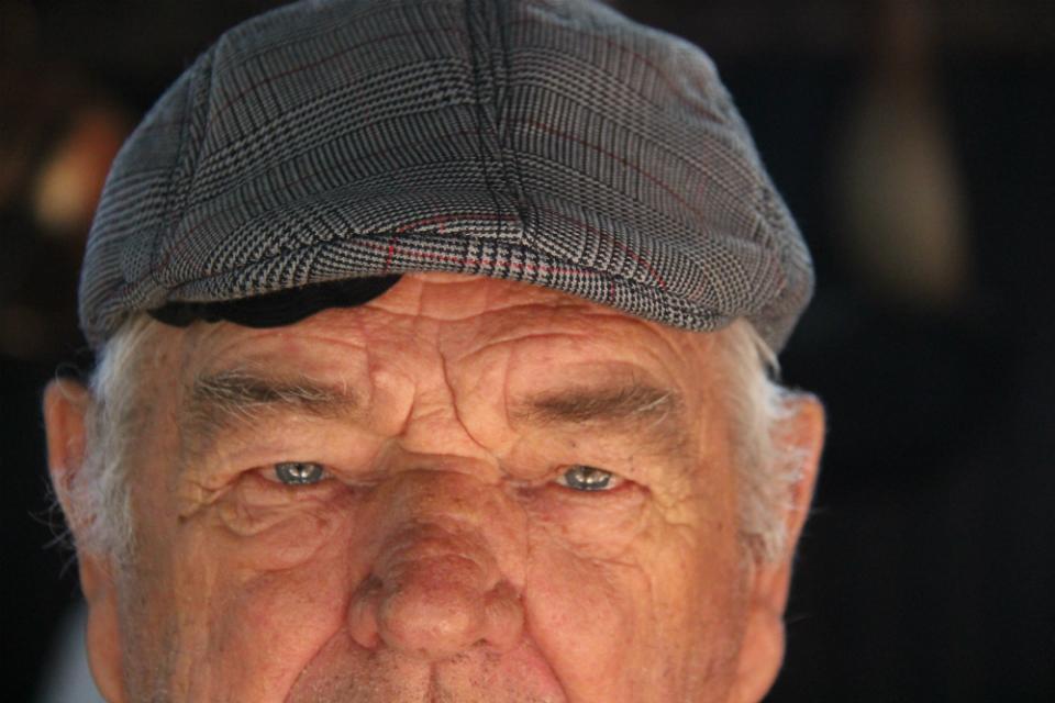 Bernardo Neves, 80 anos, o mais antigo expositor dos 20 anos do festival