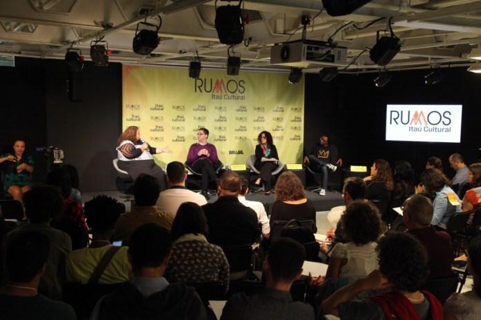 Karla, Eduardo, Aninha e Jeferson anunciam os resultados do Rumos