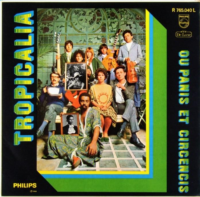 Na capa do disco-manifesto Tropicália ou Panis et Circencis (1968), Torquato é o James Dean à direita de Gal Costa