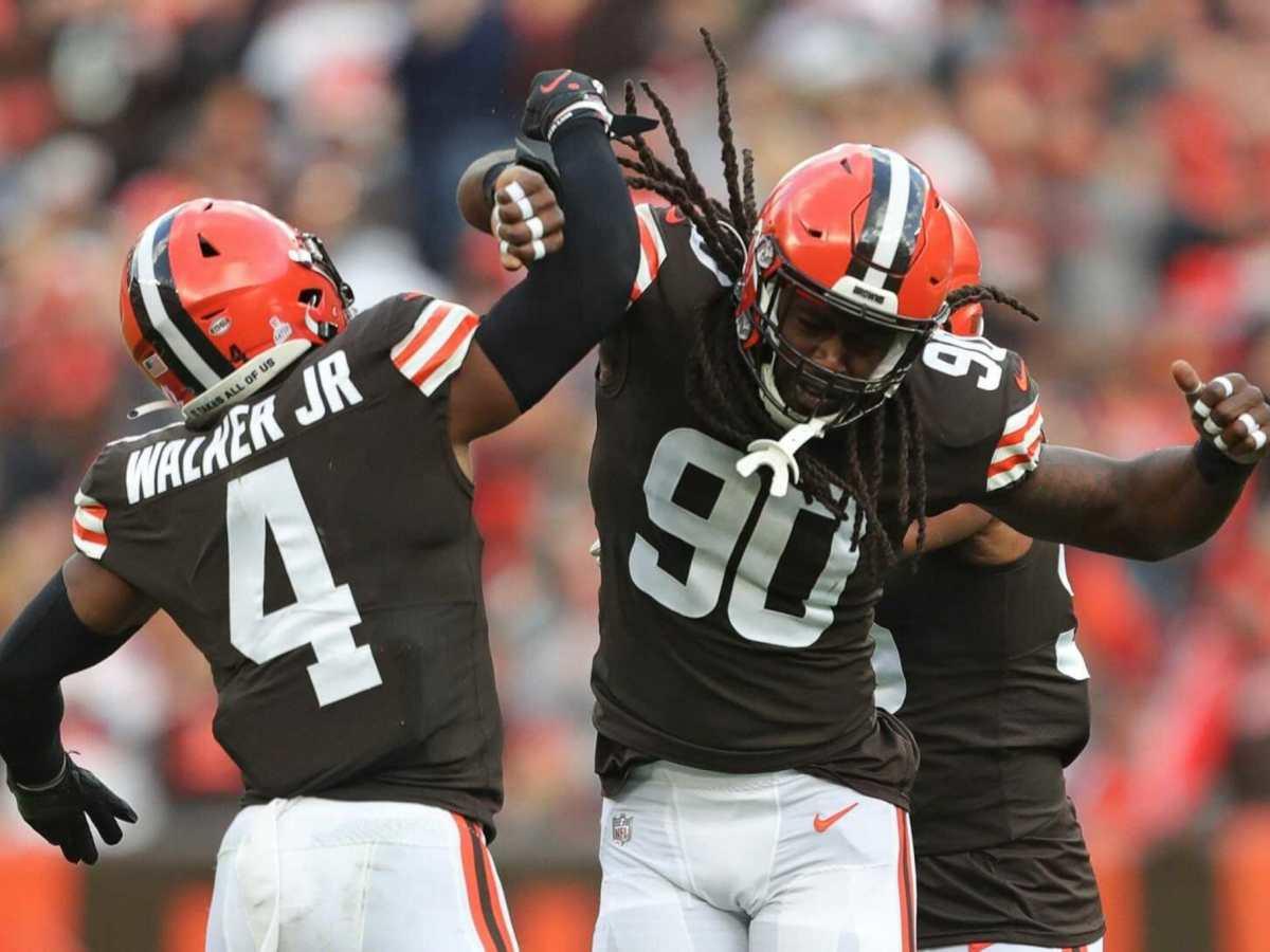 Browns derrotó 17-14 a los Broncos
