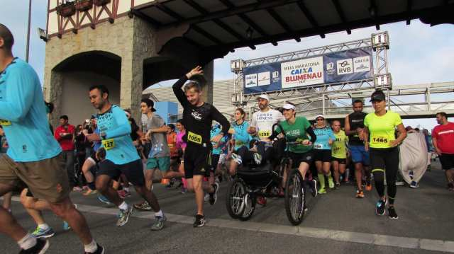 Meia Maratona de Blumenau acontece dia 15 de julho