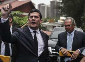 O juiz Sergio Moro e o futuro ministro da Economia, Paulo Guedes, no Rio de Janeiro (EFE/Antonio Lacerda/Direitos reservados)