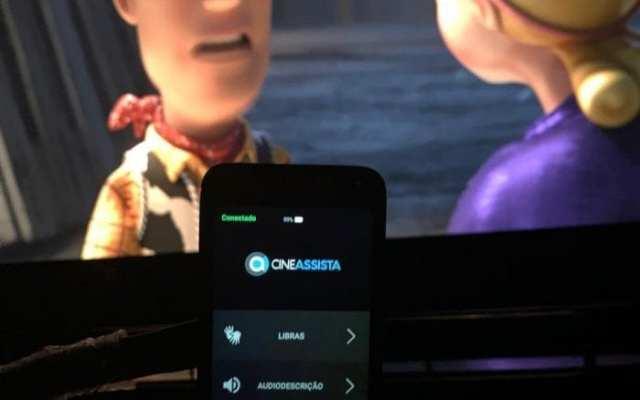 Cinemas do Neumarkt e Norte Shopping ampliam acessibilidade para deficientes auditivos e visuais