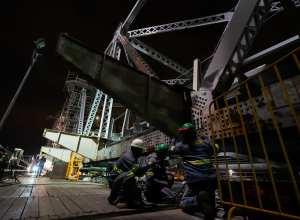 Transferência de carga na Ponte Hercílio Luz - foto de Ricardo Wolffenbüttel/Secom