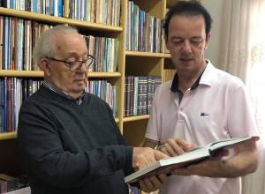 Pastor Nirton dos Santos e seu filho, deputado Ismael dos Santos