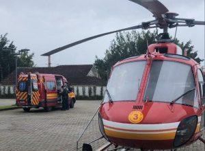 Arcanjo 03 e ambulância durante resgate - foto do Corpo de Bombeiros