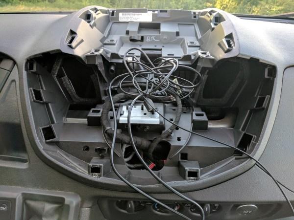 Ford Transit Radio Upgrade DDIN Joying Android (21)