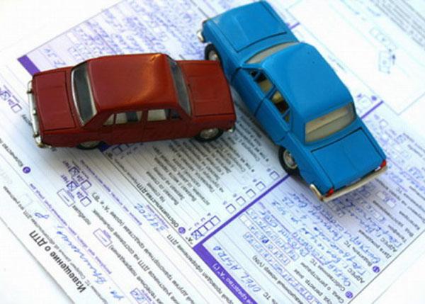 «Суды со страховщиками превратятся в битву экспертов»: автоюристы не собираются уходить с рынка после реформы ОСАГО