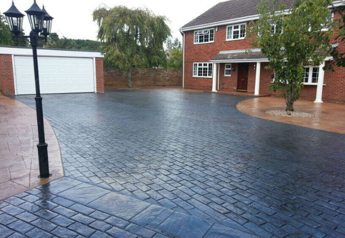 Farrelly Construction Pattern Imprinted Concrete Driveway 2 colours and patterns
