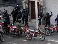 روحانی شیاد: در قانون اساسی ایران تبعیض مذهبی و جنسیتی نیست