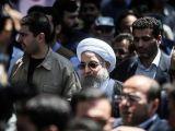 شعار علیه حسن روحانی در راهپیمائی روز قدس و فرار وی از صحنه