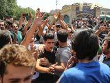 تعطیلی بازار در پی تظاهرات کسبه و بازاریان تهران برای دومین روز