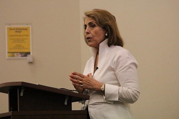 لابی رژیم «شیرین هانتر»: ایران دیگر در بلند مدت تهدیدی نیست