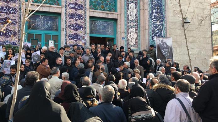 ممانعت از برگزاری مراسم تشییع پیکر همسر شریعتی در حسینیه ارشاد!