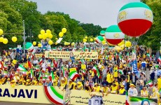 هزاران نفر در برلین از قیام مردم و مقاومت ایران حمایت کردند