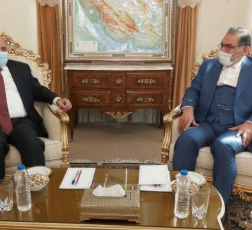 وزیر خارجه عراق در ورود ناگهانی به ایران اول  با شمخانی دیدار کرد