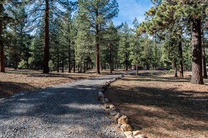 Entrance drive to ranch property at Tahoe in Markleevile.