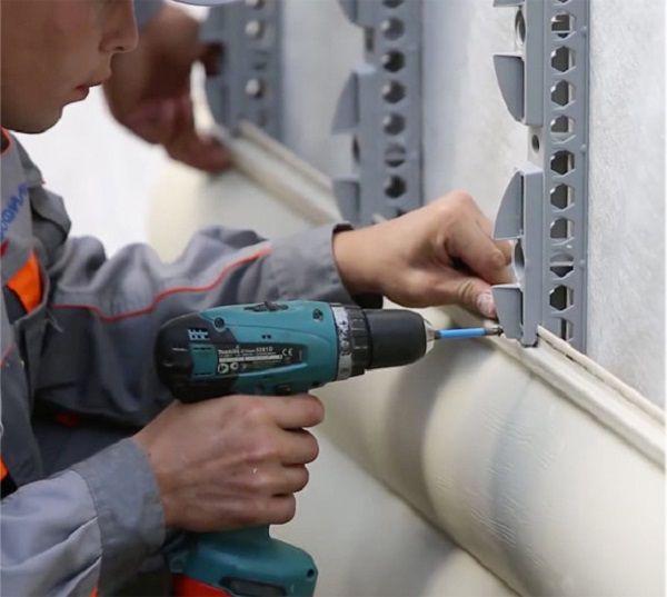 خطا 1. نصب کننده پیچ پیچ را تا زمانی که به سوراخ شدن متوقف می شود، غیر ممکن است انجام شود