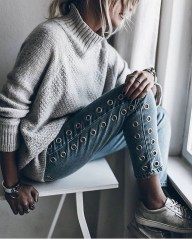 Coolest women denim trends idea (115)
