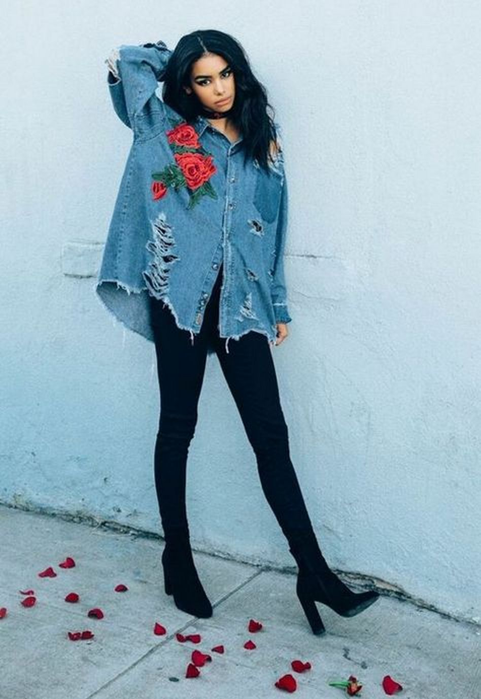 Coolest women denim trends idea (123)