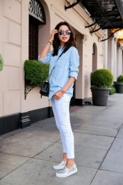 Coolest women denim trends idea (17)