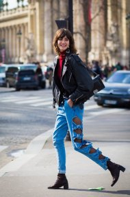 Coolest women denim trends idea (72)