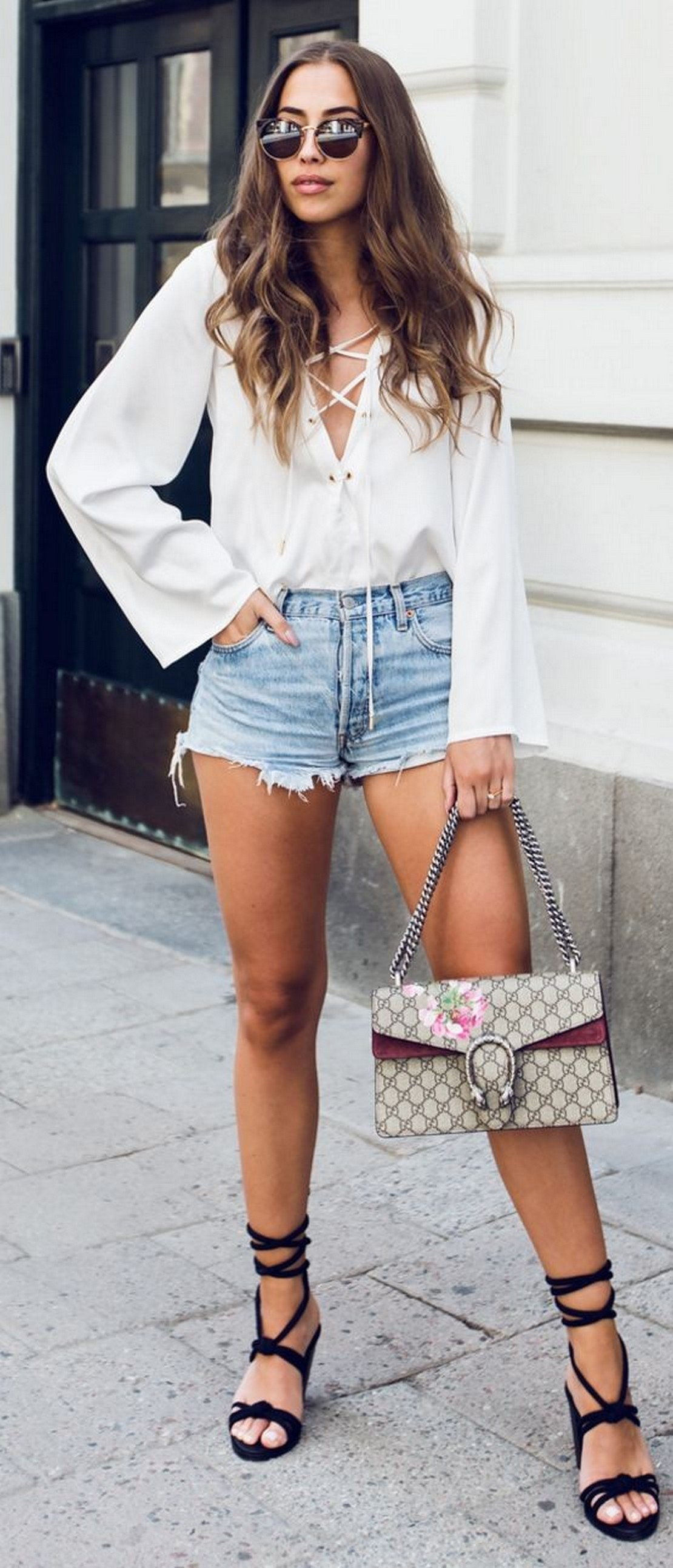 Coolest women denim trends idea (86)