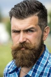 Best men short beard and mustache style 24